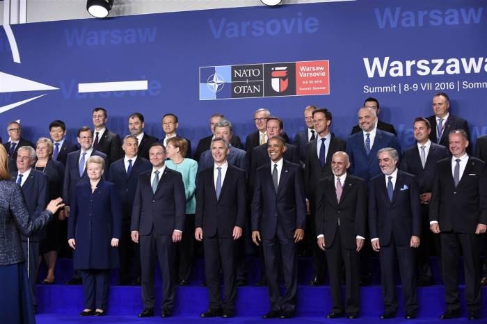160708-world-nato-leaders-warsaw-1014_b393f01d93bd0073fcb9d89eff532bd6-nbcnews-ux-2880-1000